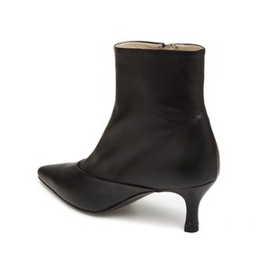 [파주점] Point toe ankle boots(black) DG3CX18513BLK