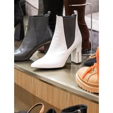 Frost ankle boots(white)