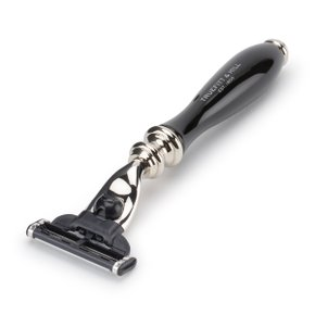 WELLINGTON RAZOR Ebony (mach3)