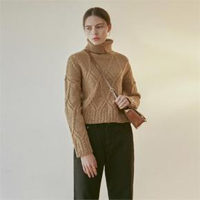 CABLE CROP TURTLE KNIT_CAMEL (4314392)