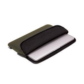 Compact Sleeve in Flight Nylon for MacBook Pro 15- Thunderbolt (USB-C) & Retina - Olive