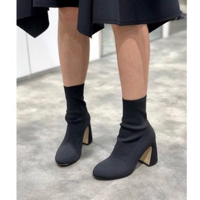 [파주점] Round toe knit ankle boots(black) DG3CX18532BLK