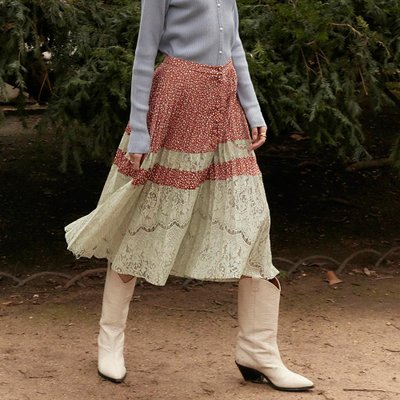 [레이브]Dot Lace Pleated Skirt in Brown_VW0SS0860