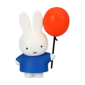 DICK BRUNA S3 MIFFY WITH A BALLOON