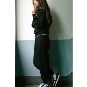 flat BLACK WOOL KNIT JOGGER PANTS