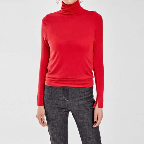 / easy & slim turtleneck