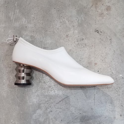 [PRE-ORDER] 19FW GABI SOCK PUMP WHITE / METAL ZZ