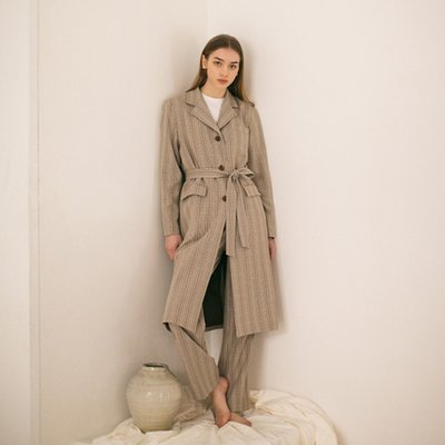 [자이언트핑크 착용] Checked Tailored Coat - Beige