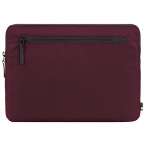 Compact Sleeve in Flight Nylon for MacBook Pro 15- Thunderbolt (USB-C) & Retina - Mulberry