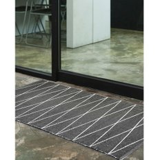 PVC hand made rug black 170x230cm