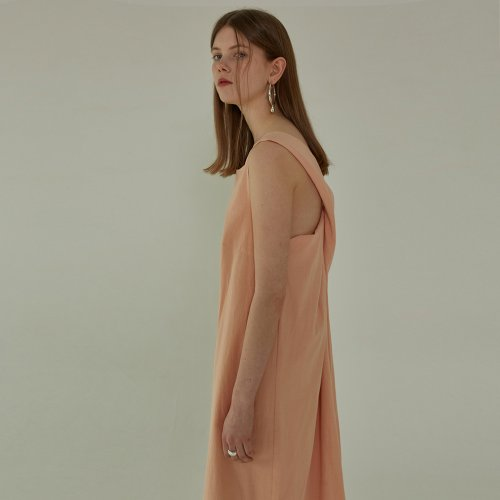 [ALAND]STRAP DETAIL DRESS - PEACH