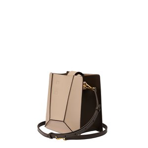 HIEMS COR 25 ANGLE CROSS BAG BEIGE/DEEP BROWN