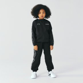 [골스튜디오] [KIDS] SMALL LOGO TRACK PANTS - BLACK (키즈)