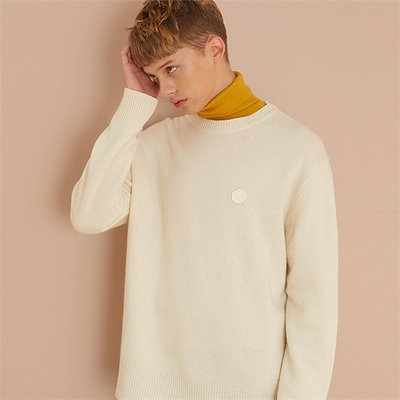 [룩캐스트] IVORY CASHMERE ONE POINT ROUND KNIT (1951193)