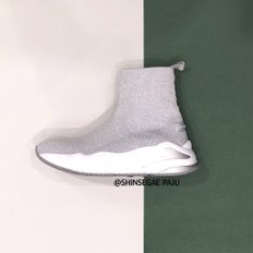 [파주점] Metallic knit sneakers(silver) DG4DX19018SVX