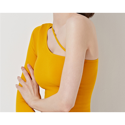 아보카도운동복 One Shoulder Cutout Top   VK2TS192TM