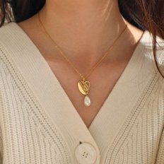 heart n pearl drop necklace
