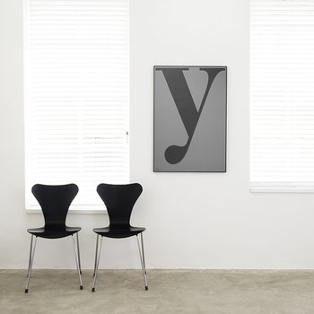 POSTER POSTER, Y GREY