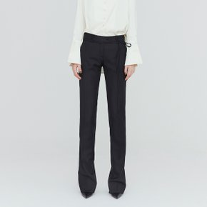 [가브리엘리] 19FW STRAIGHT FIT BACK-SLIT TROUSER - BLACK