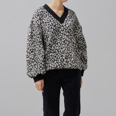 LEOPARD KNIT PULLOVER  (BLACK/WHITE)