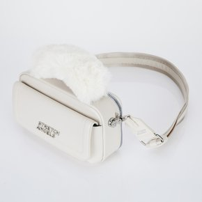 ♥SUMR14041♥낮2시까지주문 당일출고♥Flap top fur handle PANINI Bag_ IVORY