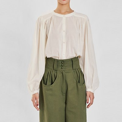 / feminine shirred blouse