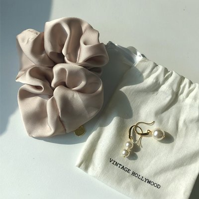 [SET]Unbalance Pearl Earring+Silk Hair Tie