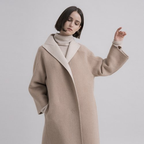 HIGH NECK STRIPE HALF HAND-MADE COAT 9D781